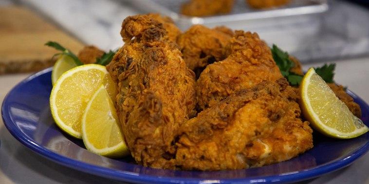 Daniel Breaker of 'Hamilton' makes tasty tea-brined fried chicken