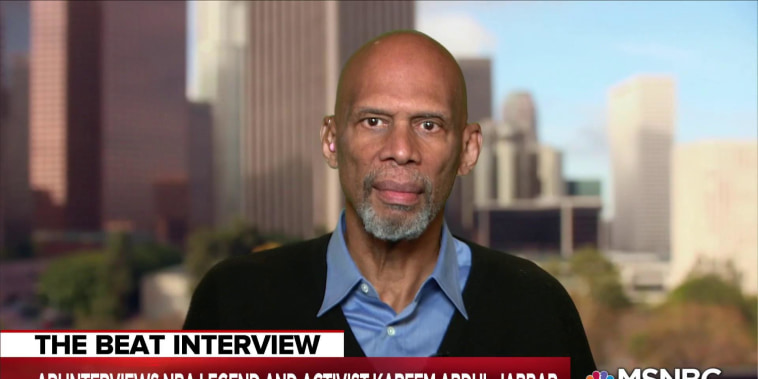 Kareem Abdul-Jabbar: Kaepernick continuing civil rights movement