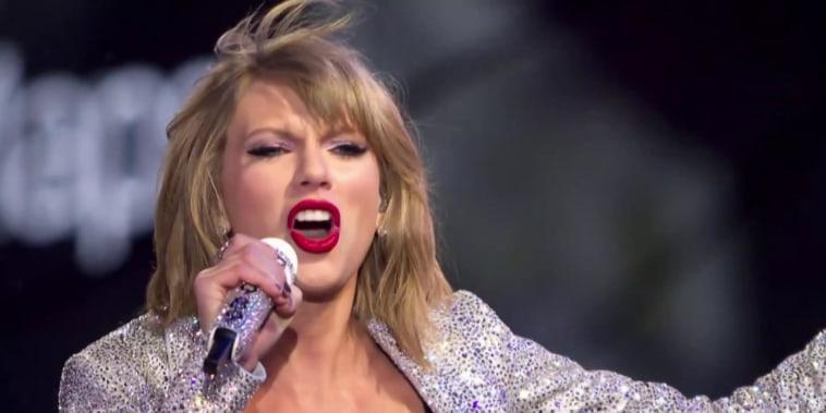 Voter registration surges after Taylor Swift post