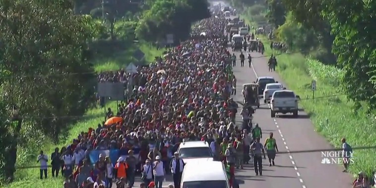 Migrant caravan pushes forward after stop at Guatemala-Mexico border