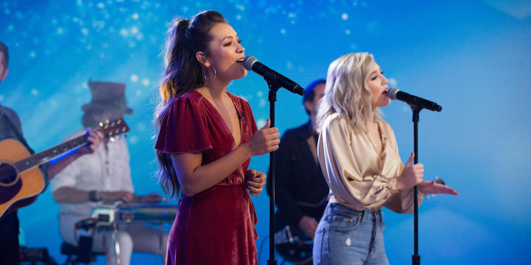 Maddie & Tae perform on TODAY!