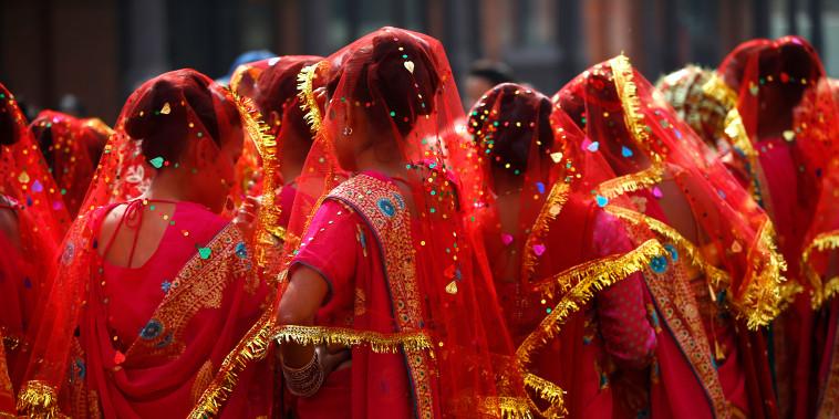 Mass wedding ceremony in Kathmandu