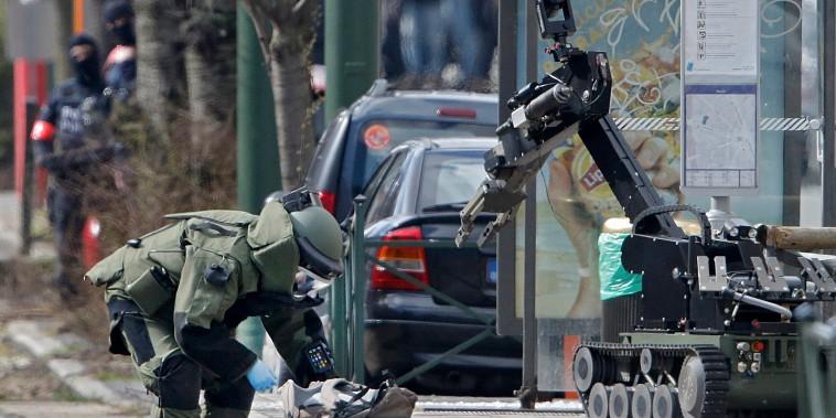 Image: Police operation in Schaerbeek area of Brussels