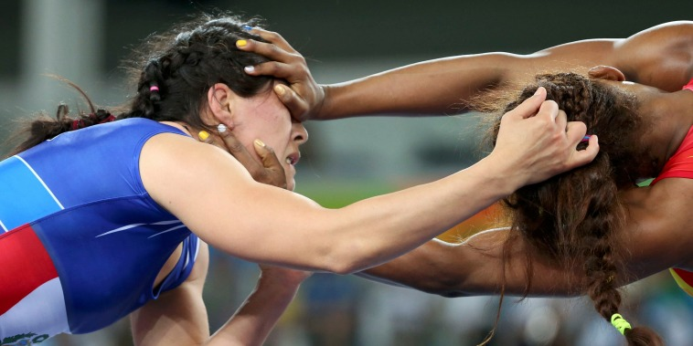 Image: Wrestling - Women's Freestyle 58 kg 1/8 Finals