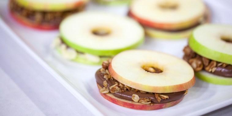 Alejandra Ramos' Nutella apple slices