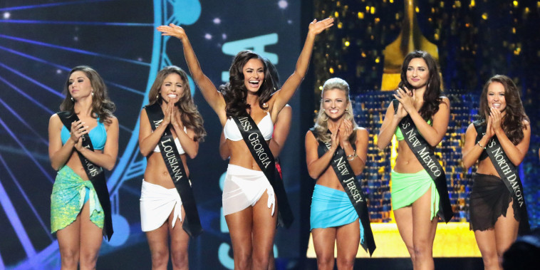 Image: Miss America 2018 swimsuit competition