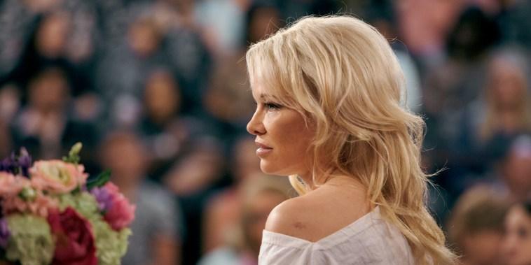 Image: Pamela Anderson and Megyn Kelly on Megyn Kelly Today, June 6, 2018.
