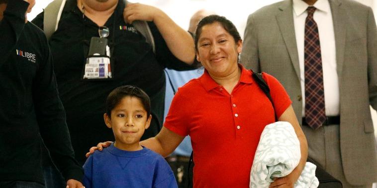 Image: Darwin Micheal Mejia reunites with his mother
