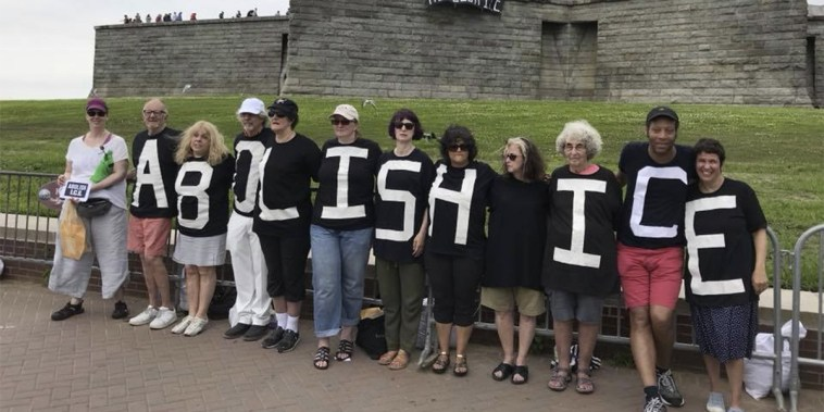 Image: Ten People Arrested for Unveiling 'Abolish ICE' Banner at Statue of Liberty