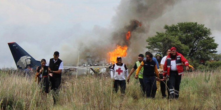 Image: Mexico Airline Crash