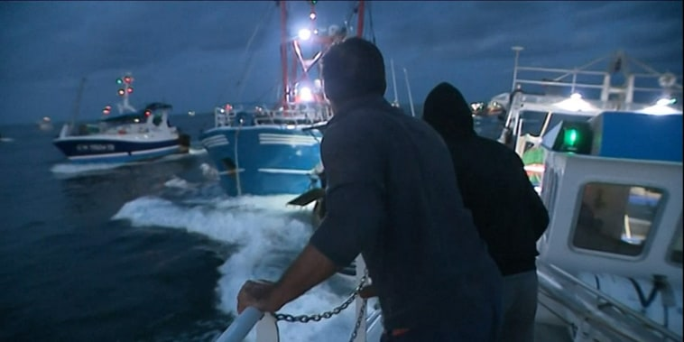 Image: French and British scallop dredgers clash in the Channel over fishing rights