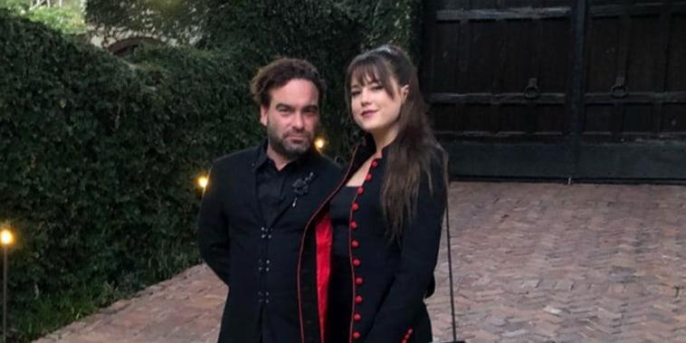Johnny Galecki, Alaina Meyer