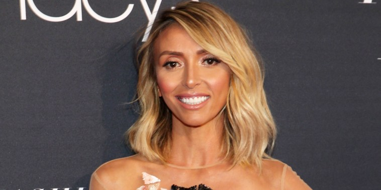 Giuliana Rancic discovering her son on air behind her