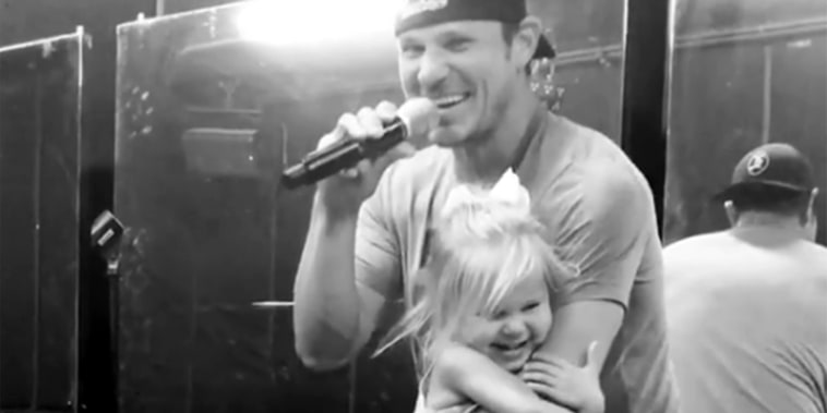 Nick Lachey Sings 98 Degrees Hit 'I Do (Cherish You)' to Daughter Brooklyn
