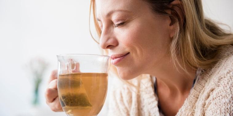is tea good for you, benefits of green tea, benefits of black tea, benefits of matcha