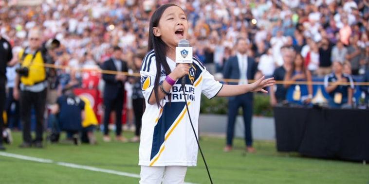 Little girl/national anthem