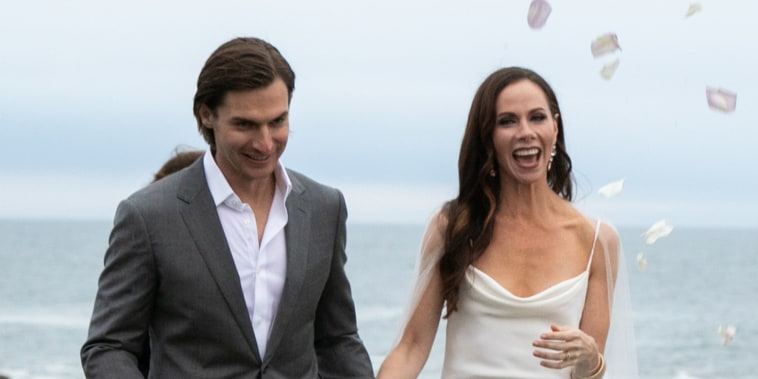 Jenna Bush Hager spills details of twin sister Barbara Bush's wedding and proposal
