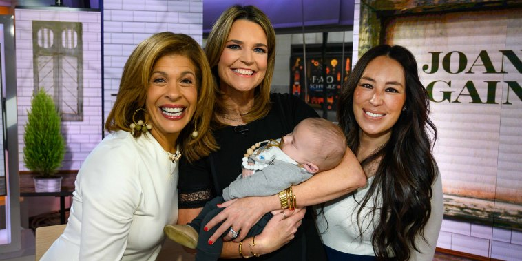 Baby Crew with Hoda Kotb, Savannah Guthrie and Joanna Gaines.