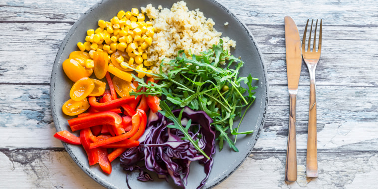 superfoods, what are superfoods, salad, veggies, healthy foods to eat, healthy food