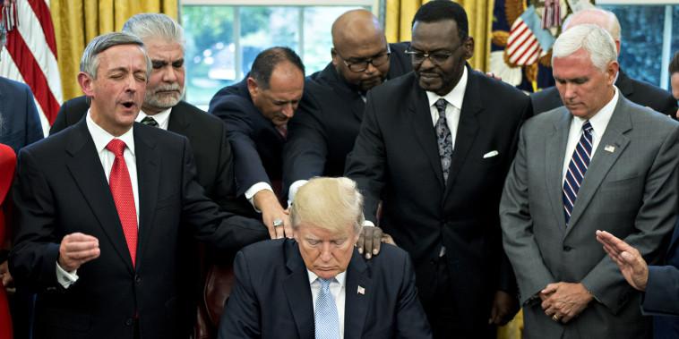Image: Donald Trump Oval Office