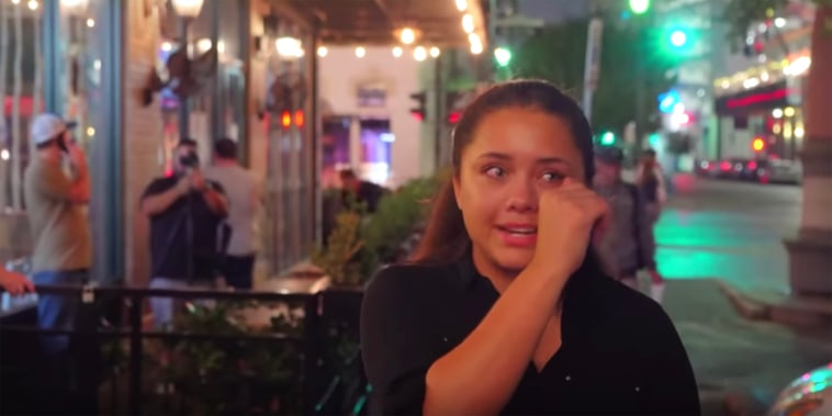 Emotional waitress after $500 tip