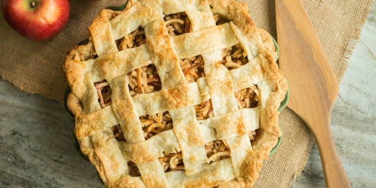 apple pie, thanksgiving pie recipes, thanksgiving pie, thanksgiving desserts, pie crust recipe