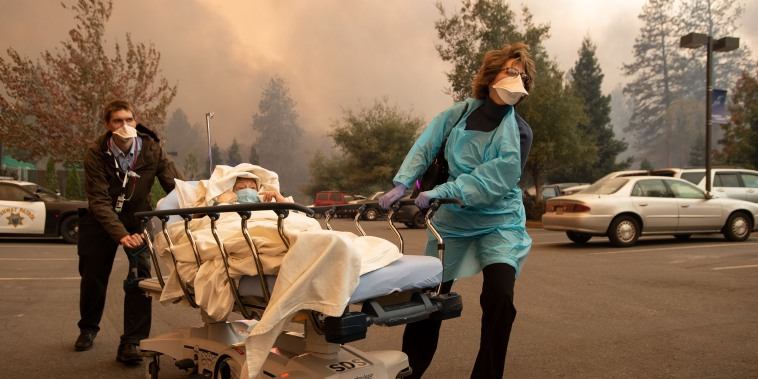 Image: Camp Fire Evacuation