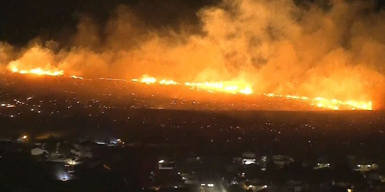 The Sierra Fire erupted in Southern California on Tuesday night, threatening Fontana and Rialto, California.