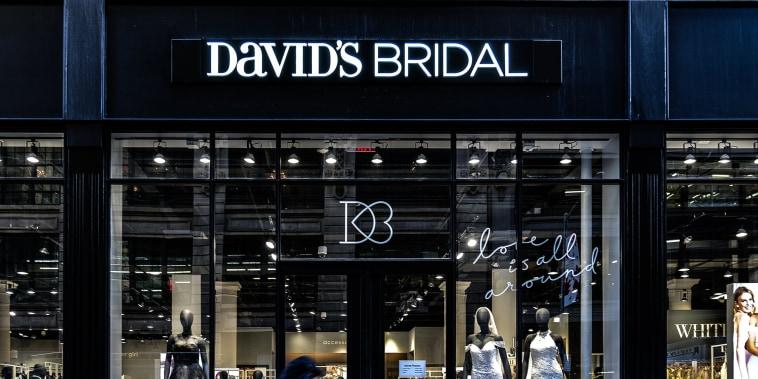 David's Bridal bankrupt