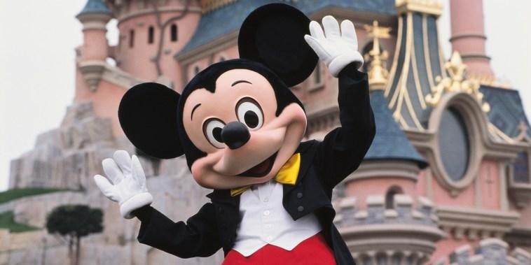 Disney banning strollers