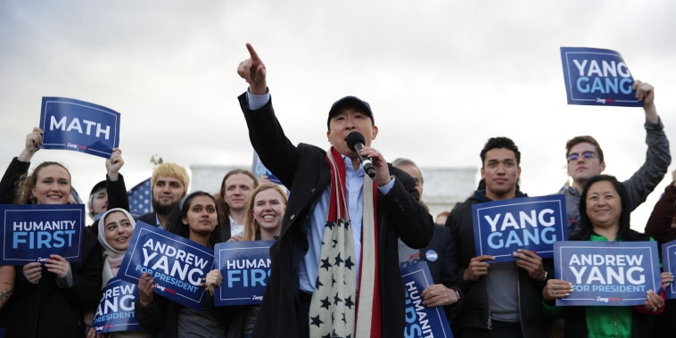 Image: ANdrew Yang, Presidential Candidate Andrew Yang Holds A Campaign Rally At The Lincoln Memorial