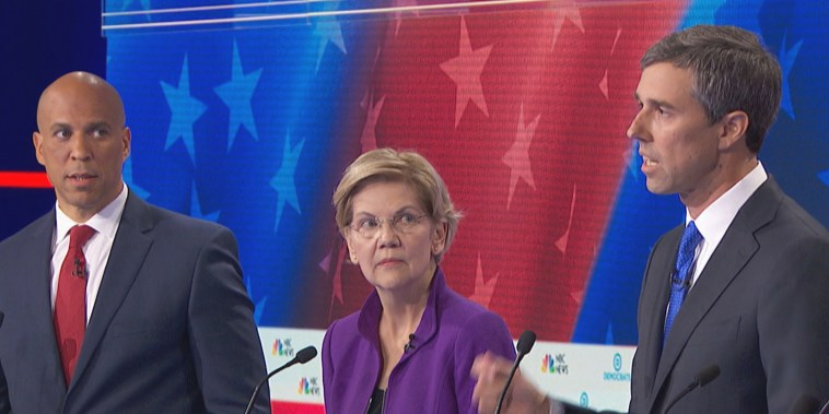 Image: Democratic Debate, Cory Booker side-eye, Beto O'Rourke