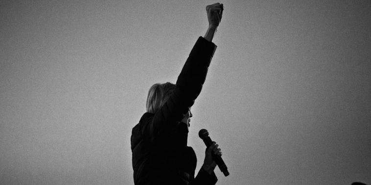 Image: Sen. Elizabeth Warren, D-Mass., speaks during a campaign event in Council Bluffs, Iowa, on Jan. 4, 2019.