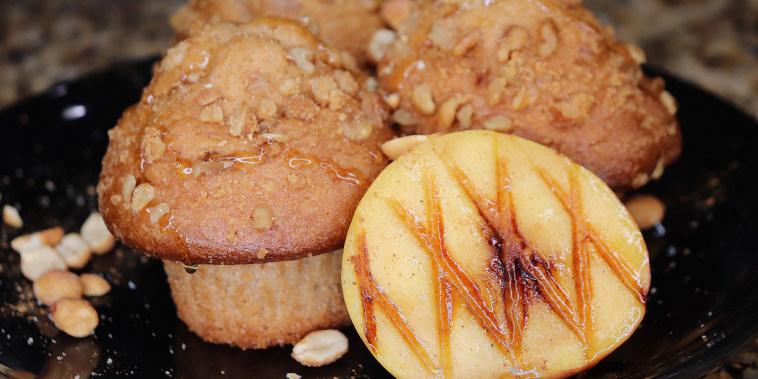 Cinnamon Peanut Peach Cobbler Muffins