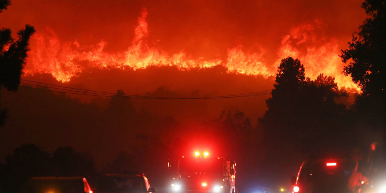 Image: Lake Fire In Southern California Grows Rapidly, Forcing Evacuations And Threatening Structures