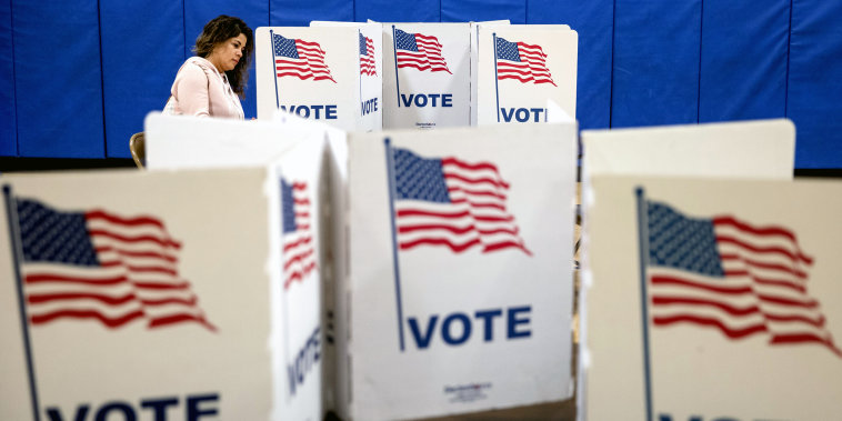 Image: ***BESTPIX*** Voters In 14 States Head To The Polls On Super Tuesday