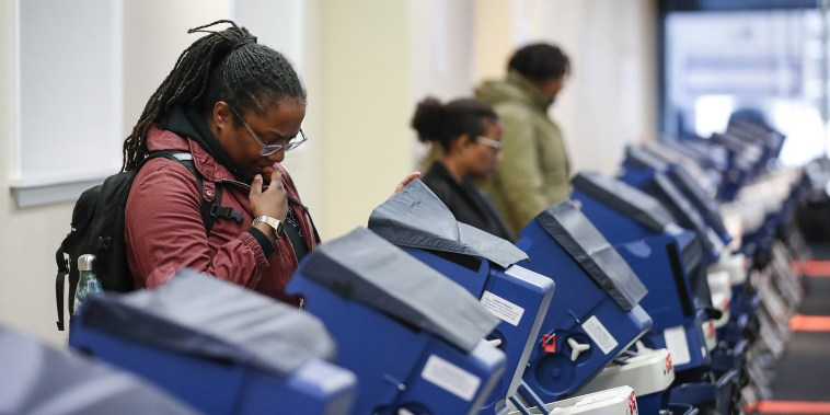 Image: US-POLITICS-ELECTION-VOTE-CHICAGO