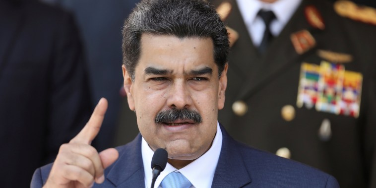 Image: FILE PHOTO: Venezuela's President Maduro holds a news conference at Miraflores Palace in Caracas