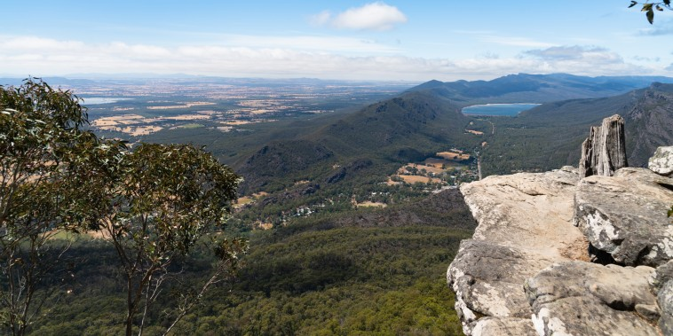 A view of the Grampians and Lake Bellfield from Boroka Lookout | Grampians National Park | Victoria | Australia
