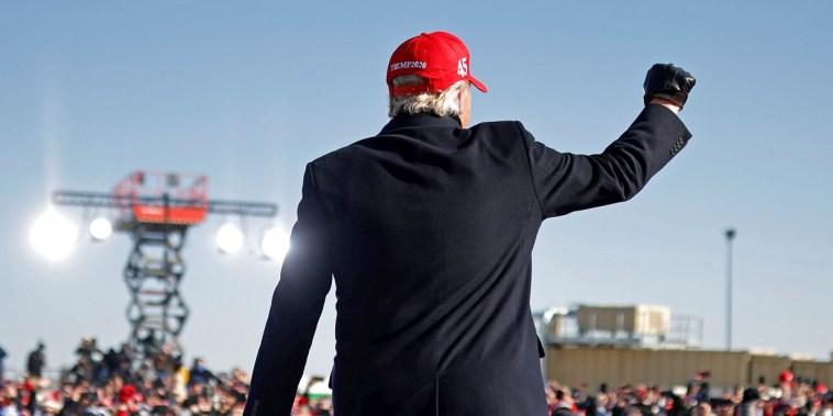 Image: U.S. President Trump campaigns in Iowa
