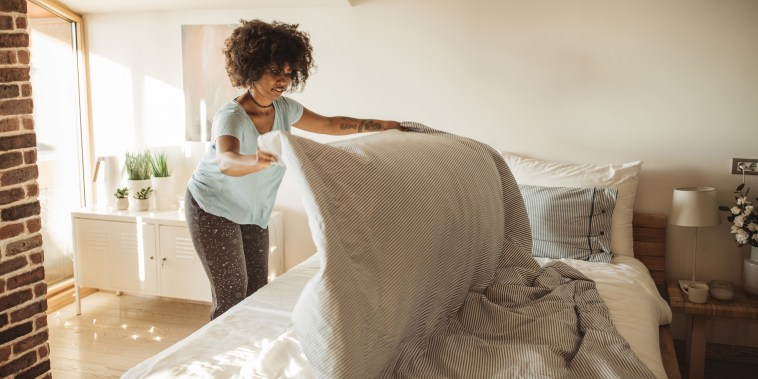 Morning duties. Shop the best bed sheets and best bed sheet sets of 2021 for twin, queen and king size beds. The best bed sheets include cotton sheets, bamboo sheets and more.