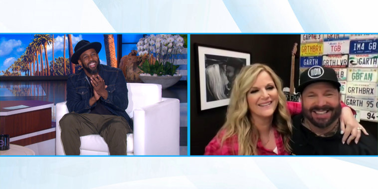 tWitch Guest Hosts with Garth Brooks, Trisha Yearwood.