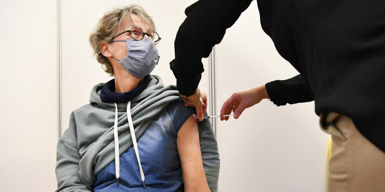Image: NETHERLANDS-HEALTH-VIRUS-VACCINE