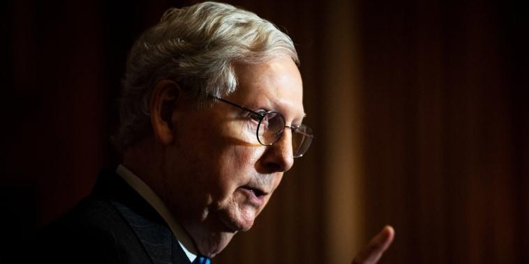 Image: Republican senators hold Capitol Hill news conference