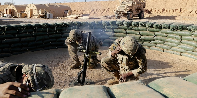U.S. Army soldiers conduct a mortar exercise at a small coalition outpost in western Iraq near the border with Syria on Jan. 24, 2018.