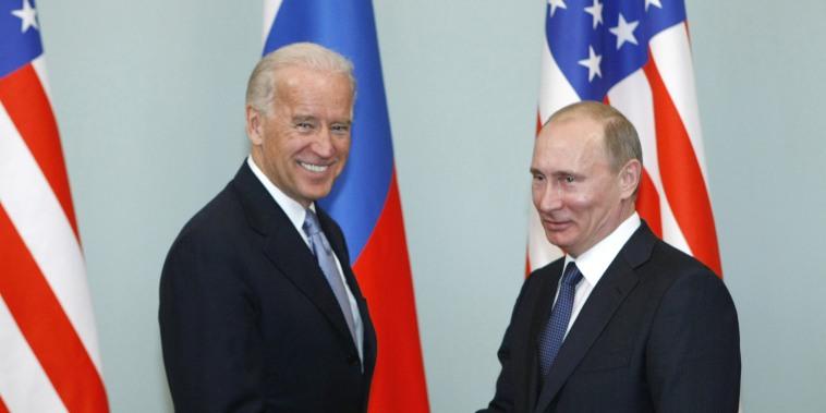 Joe Biden,Vladimir Putin