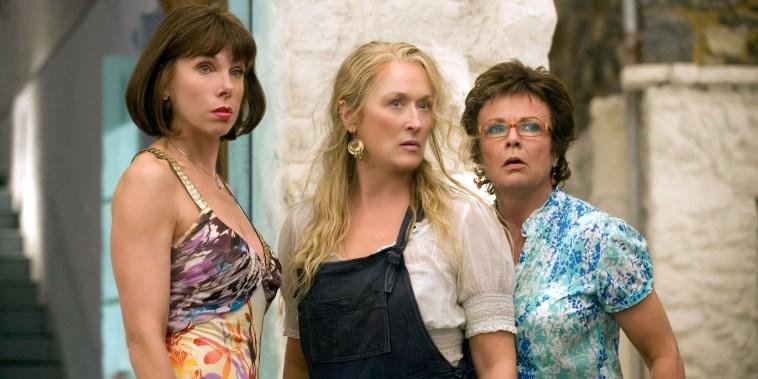 CHRISTINE BARANSKI, MERYL STREEP, JULIE WALTERS, MAMMA MIA!, 2008