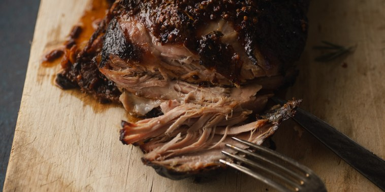 Slow-cooked pork with sugar glazing