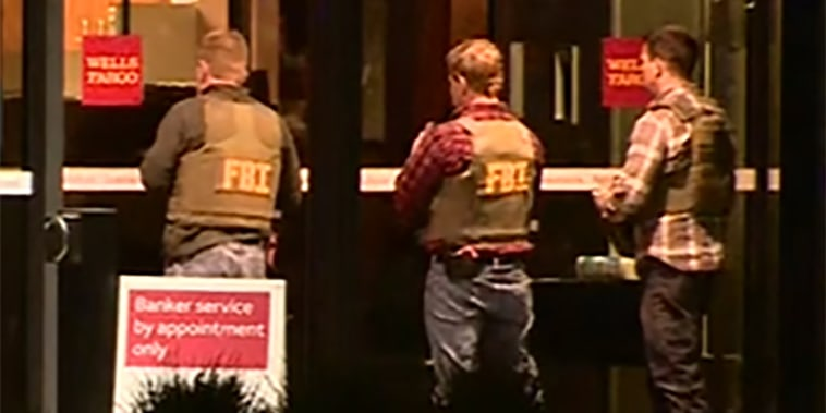 Image: FBI are on the scene of a hostage situation at a Wells Fargo Bank in St. Cloud, Minnesota.