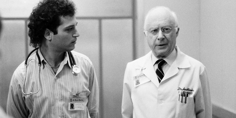 """Norman Lloyd as Dr. Daniel Auschlander, right, and Howie Mandel as Dr. Wayne Fiscus in \""""St. Elsewhere.\"""""""